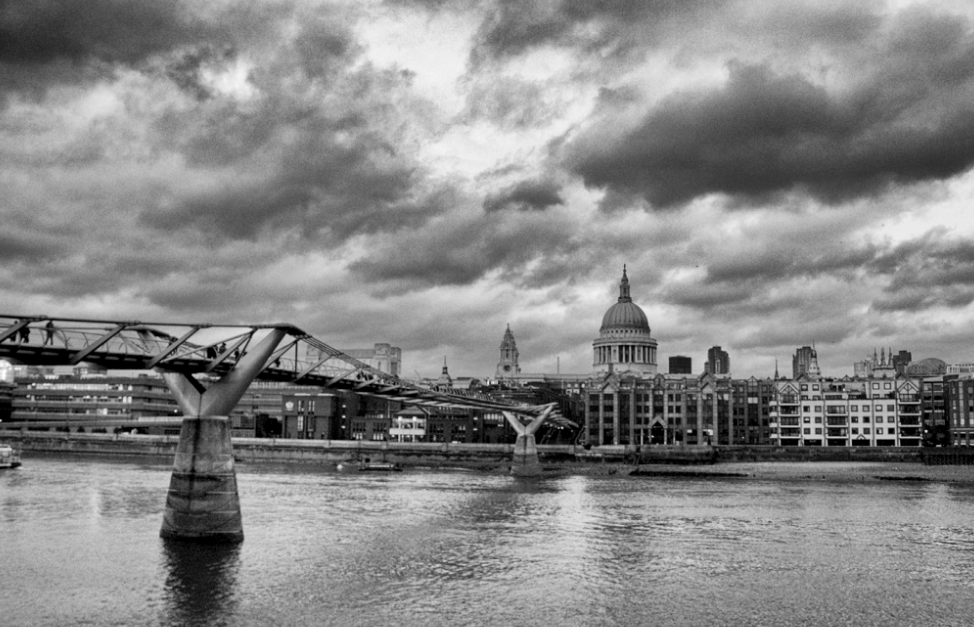 St. Paul's Cathedral from across the Thames